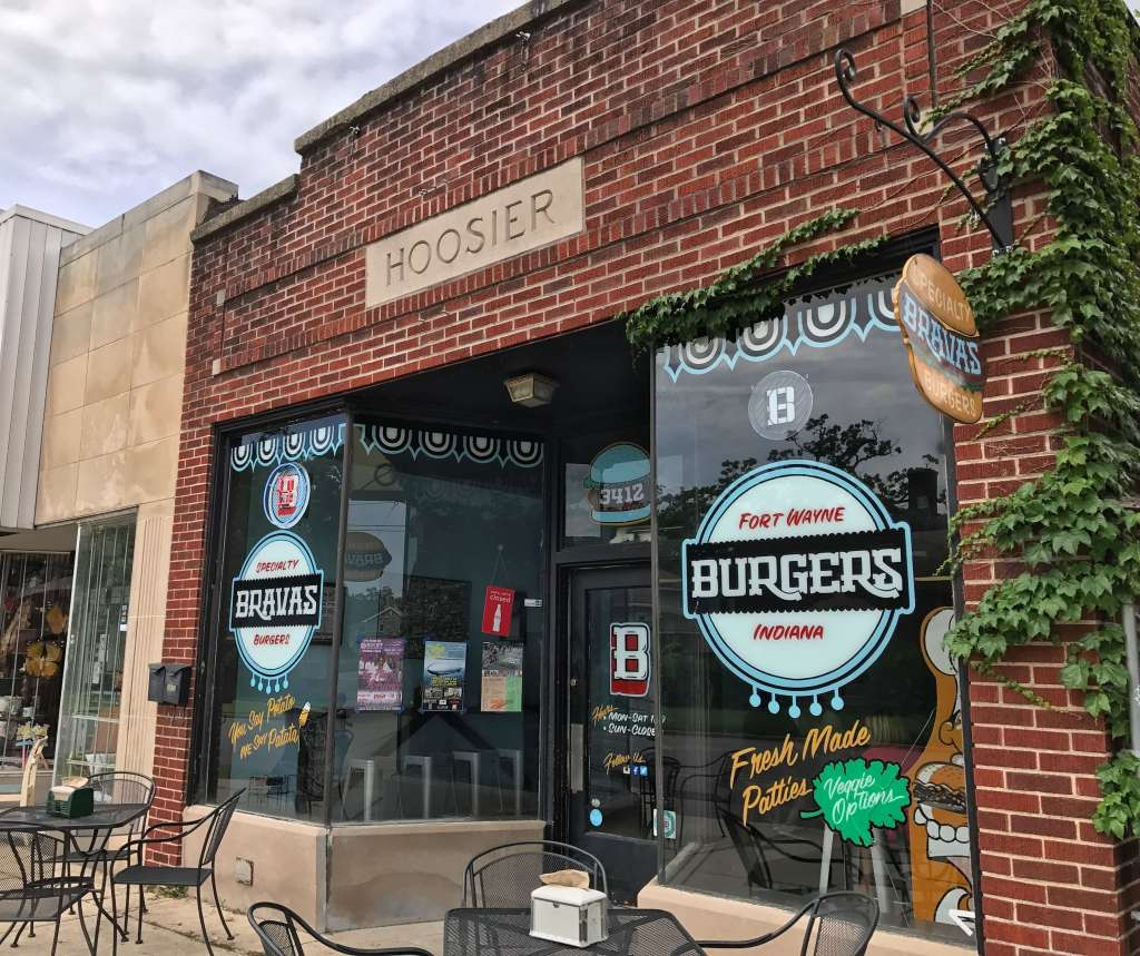Bravas Burgers in Fort Wayne, Indiana. Kid-friendly local cuisene