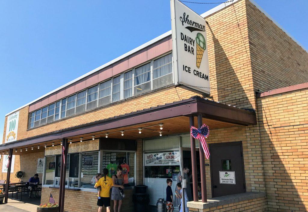 South Haven Michigan Restaurants - Sherman's Ice Cream