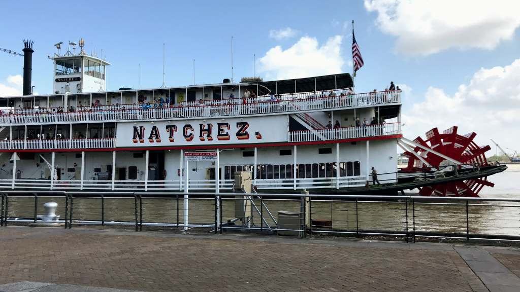 French Quarter with Kids - Natchetz Steamboat
