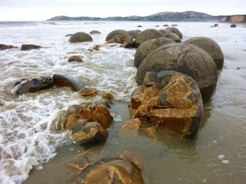 Moareki Boulders sur la plage