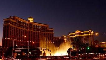 le bellagio et les fontaines de nuit