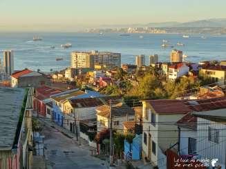 vue sur l'océan à Valparaiso au Chili