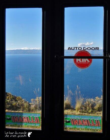 trajet en bus copacabana vue sur le lac titicaca