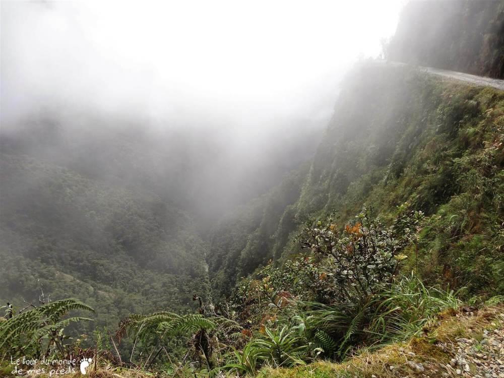 bolivie route de la mort vtt brouillard