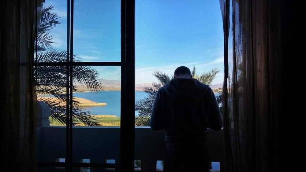 hotel lake las vegas