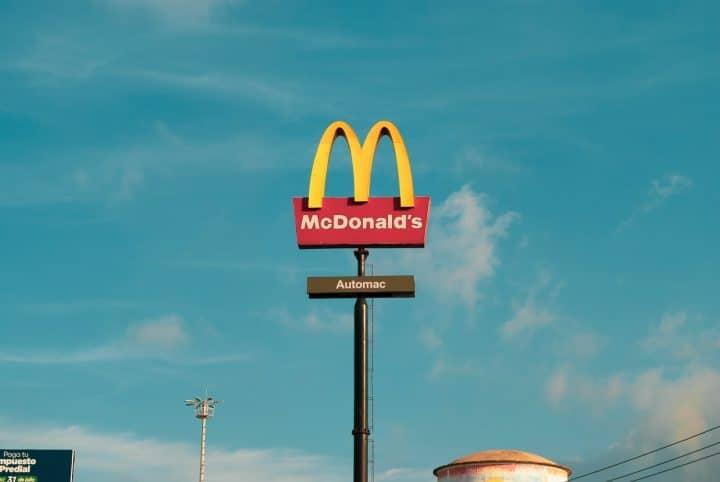 Mcdonald's licencie employée