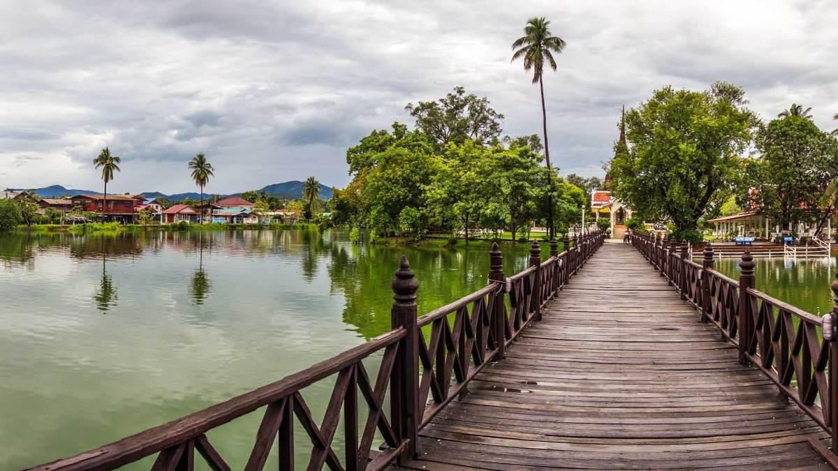 Wie kommt man nach Sukhothai