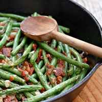 Skillet Green Beans with Bacon