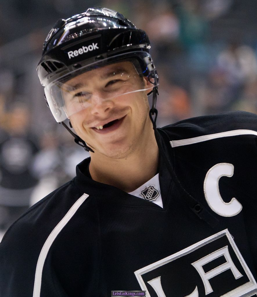 Dustin Brown Vs The Rangers Loving FedEx Delivery Guy Photo