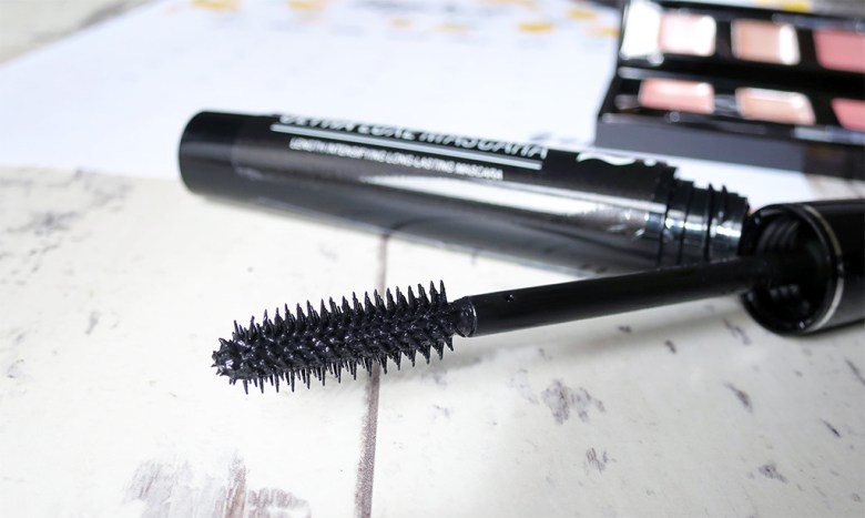 Skinn Ultra Luxe Mascara