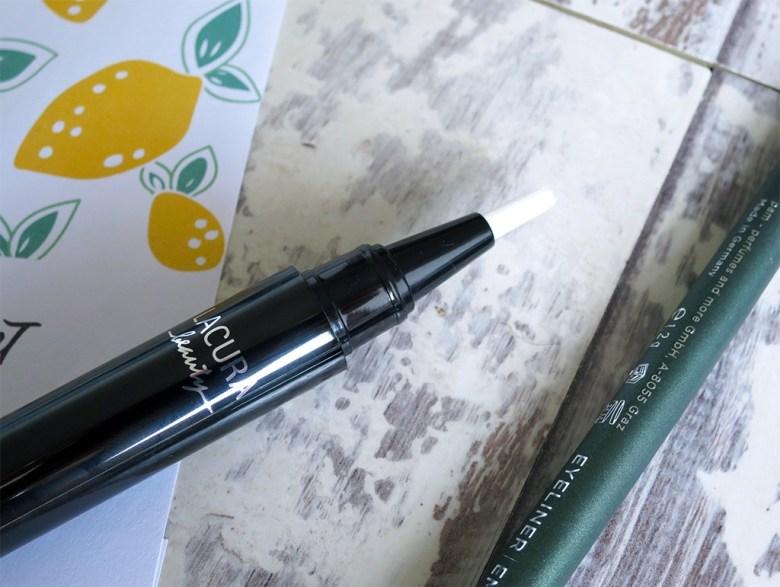 Lacura Concealer Pen
