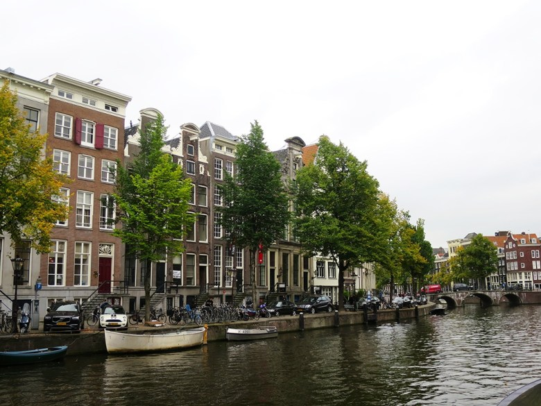 Luxury Canal Houses Amsterdam