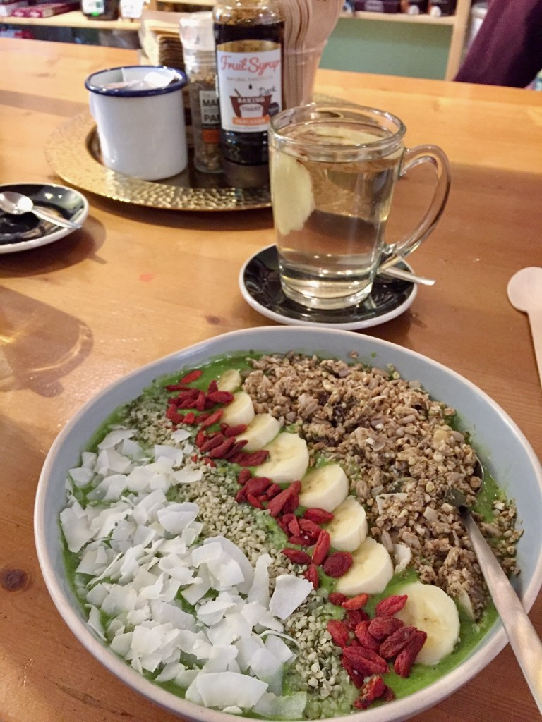 Green Smoothie Bowl Vegabond Amsterdam