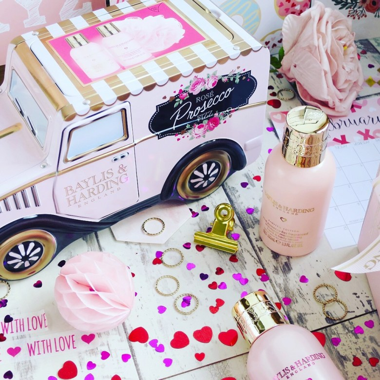 Baylis and Harding Rosé Prosecco Gift Range