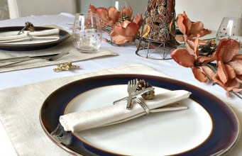 A Table Setting for Thanksgiving #tablescapes