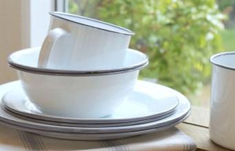 A Breakfast Tablescape with Enamel Tableware