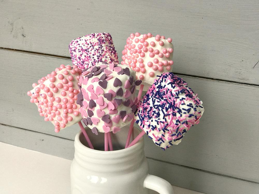 Valentine's Day marshmallow pops