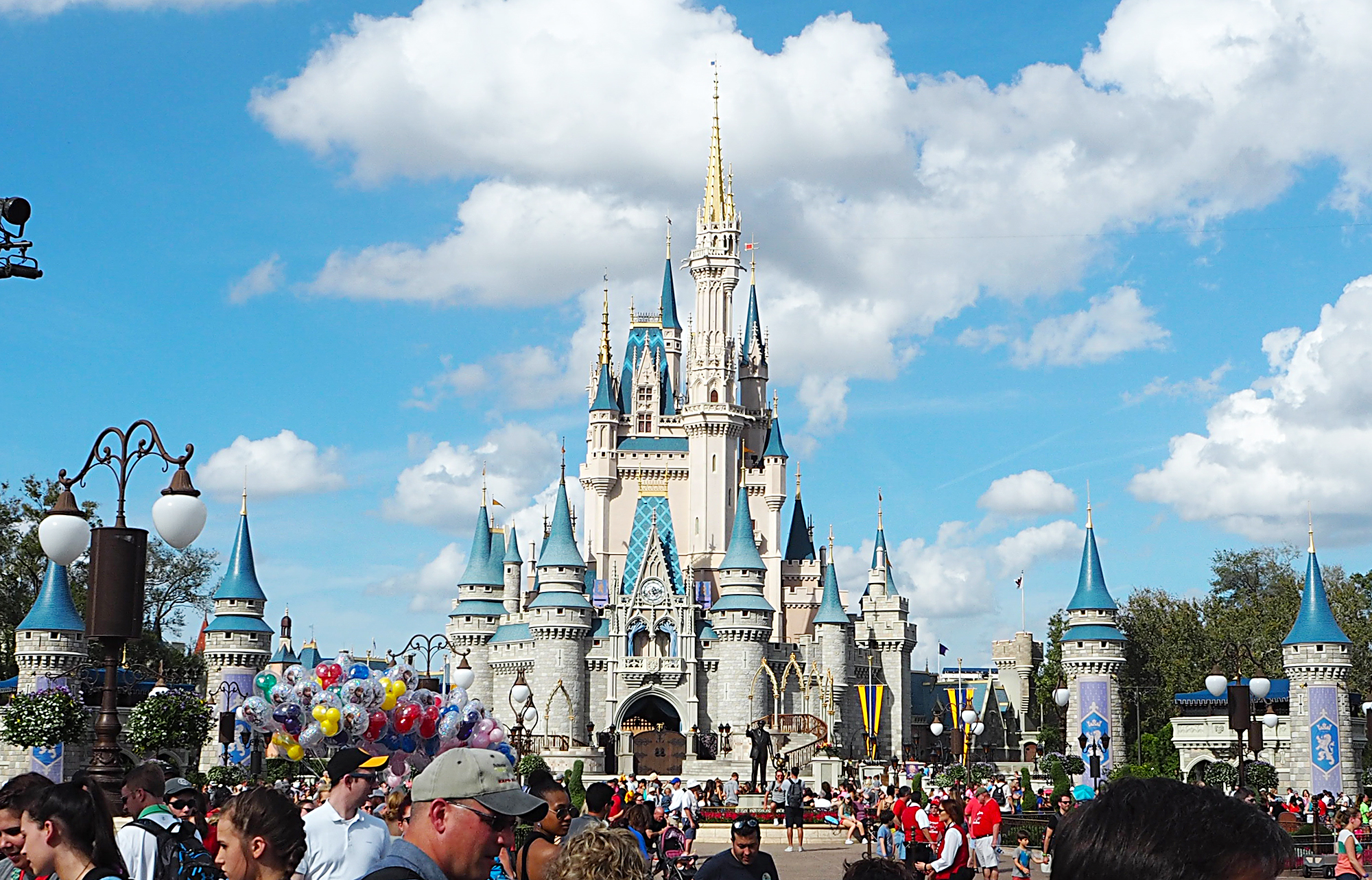Walt Disney World Magic Kingdom Theme Park