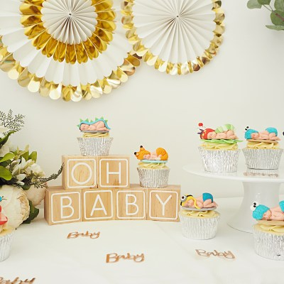 Baby Cupcakes steal the spotlight at my Baby Shower