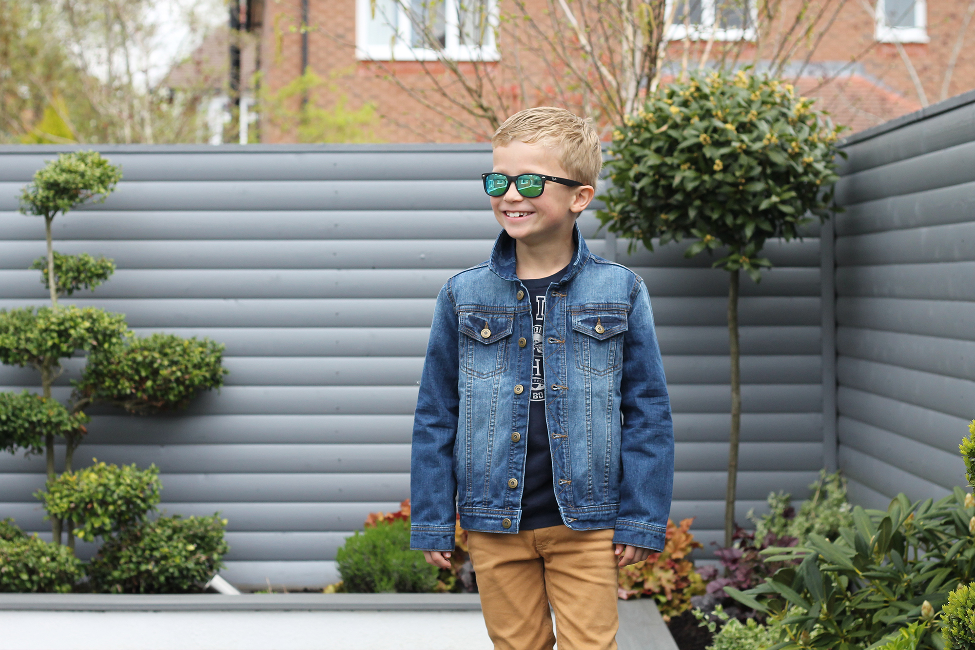 Little Cigogne Kid's shopping online subscription kids stylist services kids fashion