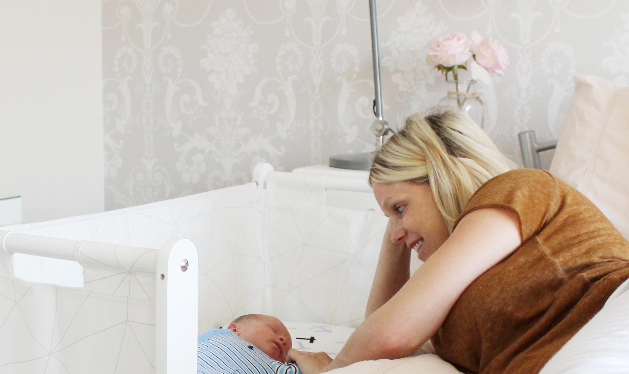 SnuzPod 3 in 1 Bedside Crib cot bassinet
