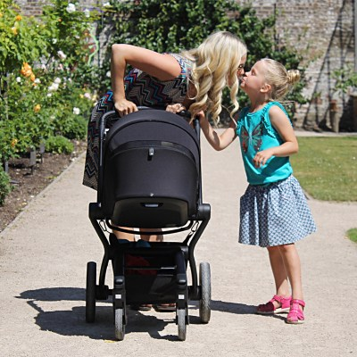 Why we are cruising around with the NEW Joolz Hub travel system