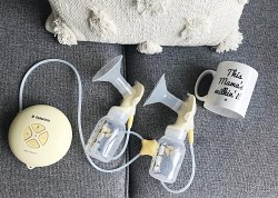 Breastfeeding Medela Swing maxi double electric breast pump