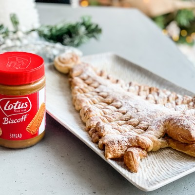 Lotus Biscoff Puff Pastry Christmas Tree