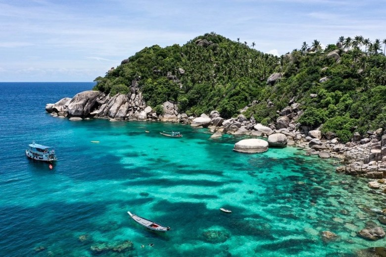 Shark bay is the perfect spot to go snorkeling and diving on koh tao, Thailand