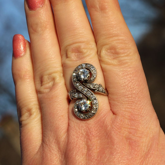 pierścionki nowoczesne