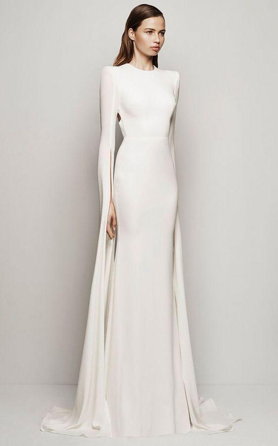 śnieżnobiała suknia ślubna