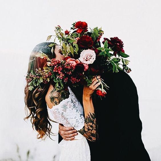 bordowe bukiety ślubne