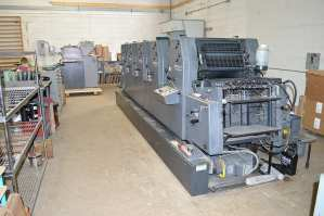 Heidelberg five color from the feeder end