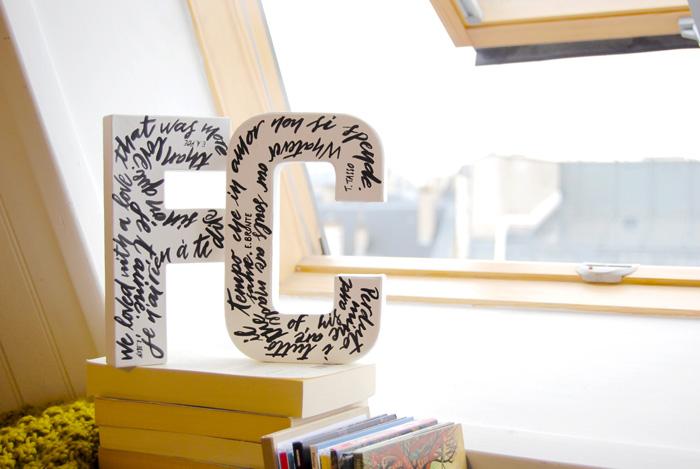 Lettres décoratives, personnalisation et calligraphie - Idée cadeau pour la Saint Valentin - LettersLoveLife.com