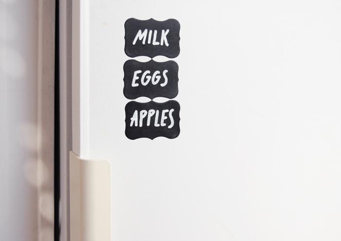 Stickers ardoise : pense-bete sur le frigo, pour faire les courses sans rien oublier