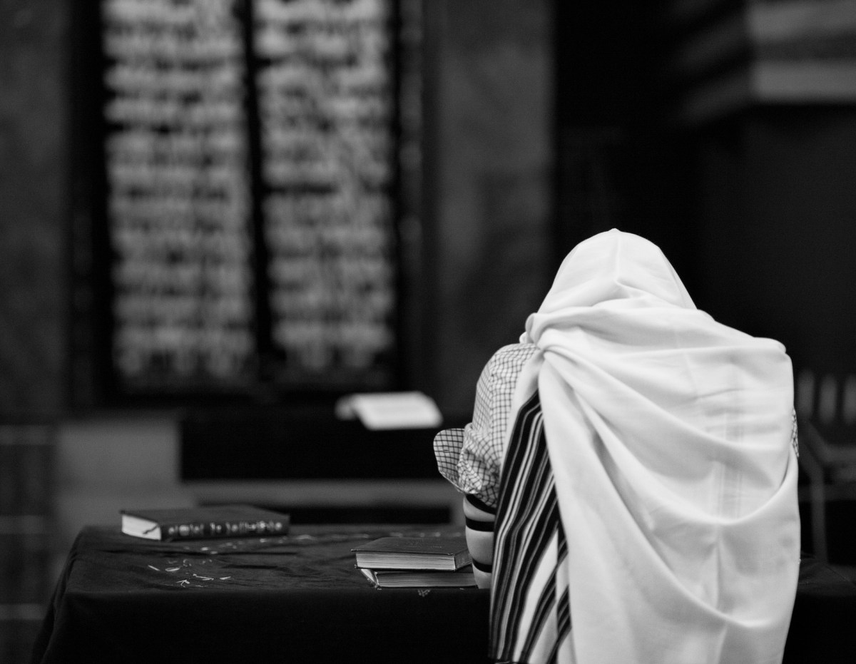 Guest Letter from Jackie: A Christian at an Orthodox Jewish Prayer Service