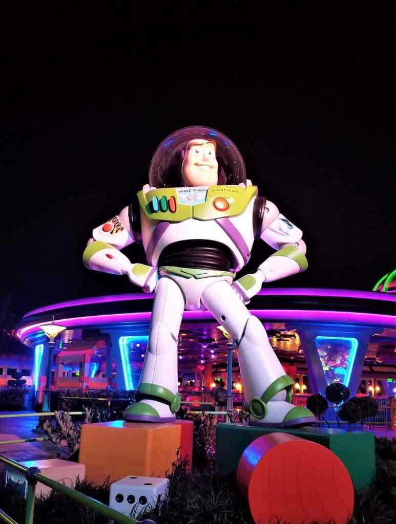 buzz lightyear at disney's toy story land