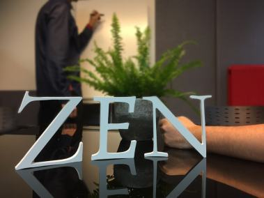 Réalisations - Lettres découpées Décoration Zen PVC blanc - Ecriture blanche - Mot blanc