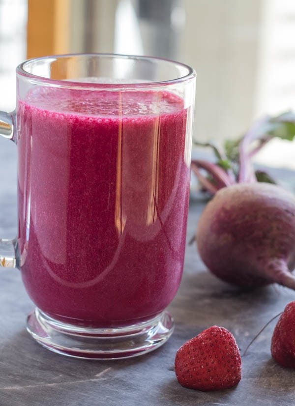 Berry Beet smoothy Simply Smoothies