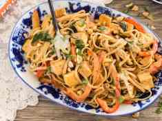 Thai Peanut Noodles with Golden Tofu {Gluten free and vegan}