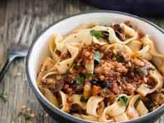 Spicy Red Lentil and Mushroom Pasta {vegan}