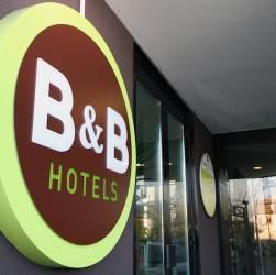 B&B Hotels insegna