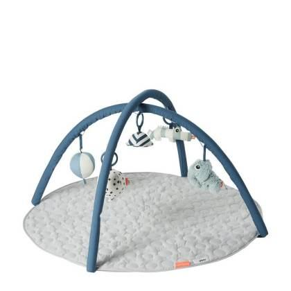 De leukste kraamcadeaus voor de geboorte van een baby - done by deer speelkleed
