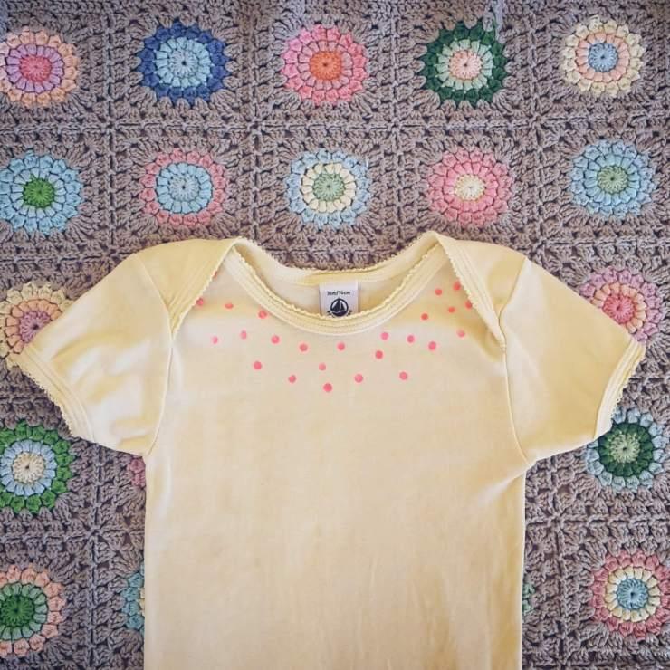 Kinderkleding versieren met textielstiften: leuke ideeën om te knutselen