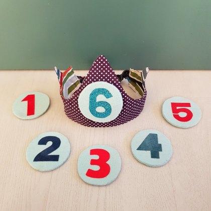 Een zelfgemaakte verjaardagskroon die je elk jaar kunt gebruiken - DIY fabric birthday crown
