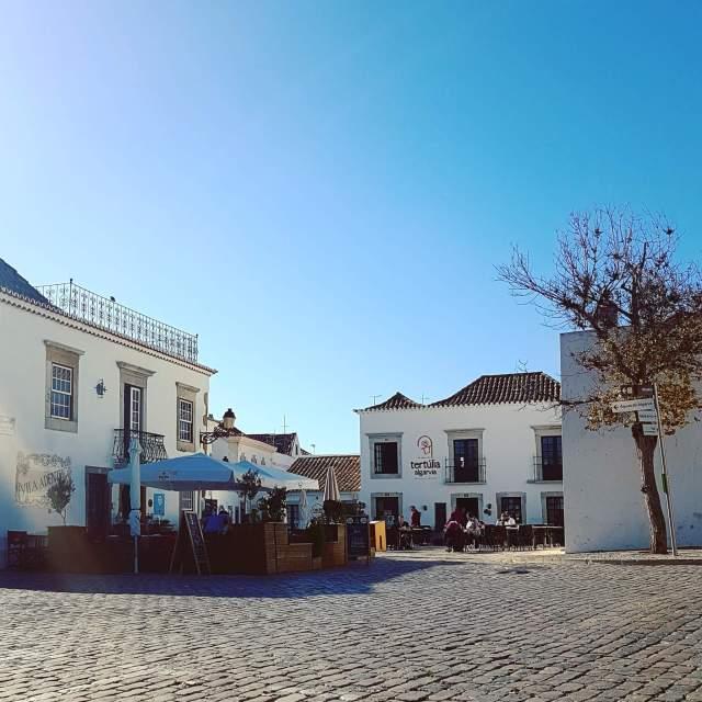 De leukste kindvriendelijke restaurants in de Algarve - Childfriendly restaurants Algarve - Olhos d´Agua, Faro Tertúlia Algarvia Vila Adentra