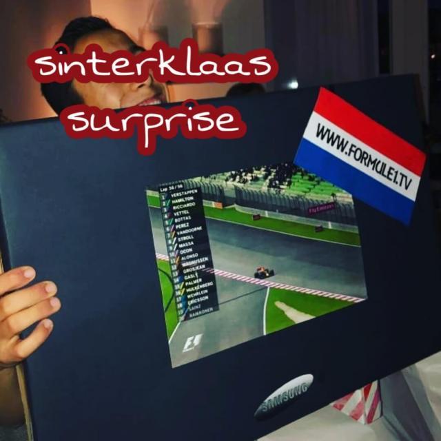 Sinterklaas surprises: televisie met formule 1 wedstrijd voor Max Verstappen fans