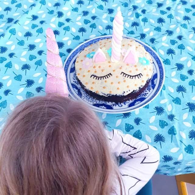Super simpele eenhoorn taart