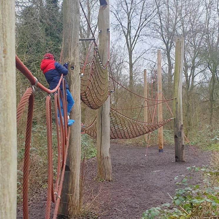 Wandelen met kinderen in de buurt van Amsterdam: plekken met speeltuin - Spaarnwoude