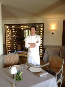 Chef 2 étoiles au Michelin, Christophe Bacquié est à la tête du restaurant gastronomique Le Monte Cristo au Castellet.